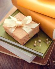 هدايا وقرطاسيات